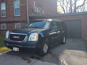 2011 GMC Yukon XL . 9 passenger for sale.   $12,900.00