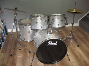 REDUCED **** PEARL FORUM SERIES KIT