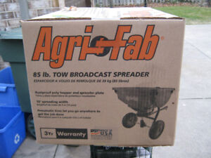 AGRI FAB 85 LB TOW BROADCAST SPREADER NEW IN BOX