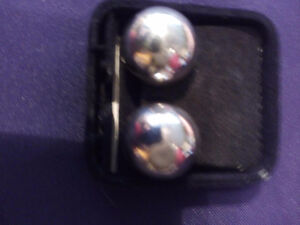 VINTAGE STERLING SILVER  CLIP EARRINGS HARD TO FIND