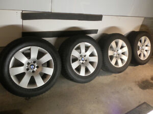 255/55R18 NOKIAN WINTER TIRES-PNEUS D'HIVER BMW MAGS CENTER CAPS