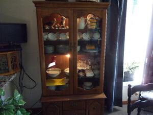 6 SHELF DISPLAY CABINET WITH BOTTOM STORAGE