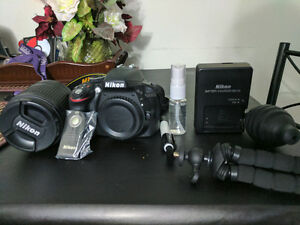 Nikon D3300 18-140mm Lens & Bag bundle - LIKE NEW