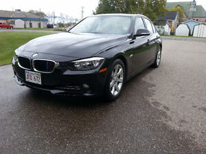 2012 BMW 3-Series 320i Sedan M sport edition 49k KMs Immaculate!