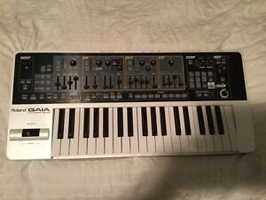 Synthétiseur Roland GAIA SH-01 SH01 37 Key Compact Synthesizer