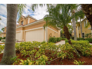 **SPECTACULAR COACH HOME** - in N. Ft. Myers, Fl (US)**