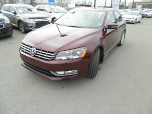 2014 Volkswagen PASSAT Highline - CERTIFIED, fuel efficient, one