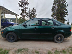 REDUCED~2000 Ford Focus LX Sedan