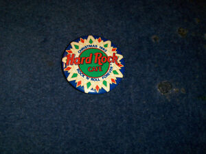 HARD ROCK CAFE PINBACK-CHRISTMAS 1993-VINTAGE PIN!