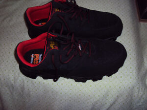 Brand NEW Men's Timberland PRO Work Shoes Size 11