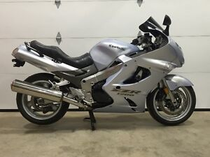 2003 ZZR 1200 Sport Tourer Low Kms Lots of Extras Only 3950