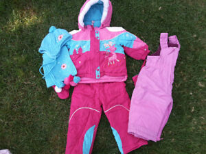 Girls snowsuit/habit de neige pour fille