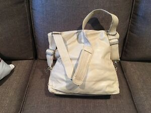 Brand New Ladies Leather Purse - backpack style Kingston Kingston Area image 3