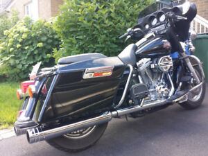 Harley Davidson FLHTC 2004