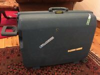 Hard shell Samsonite suitcase