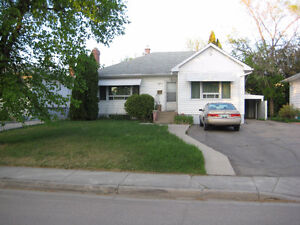 1 Bedroom Basement Suite in a Prime Location Nearby Wascana Lake