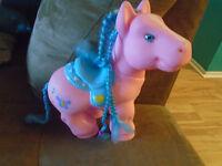 Petit poney (pouliche)