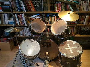 Beginner CB drum set
