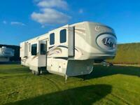 Columbus 388 FK 1492 5th Wheel American Caravan 6 Slides Showmans Trailer Static