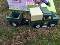 Le Toy Landrover with trailer