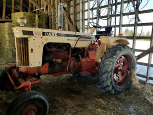 Case 830 Comfort King Tractor for sale.