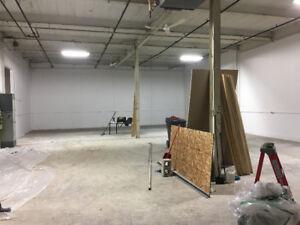 Local commercial 3000 pieds carrés à louer St-Jean