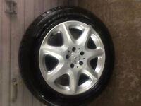 225/55/17 like new dunlop winter with mercedes mags
