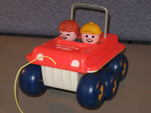 VINTAGE 1974-1979 FISHER-PRICE BOUNCING DUNE BUGGY PULL TOY #122