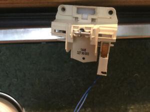 Pièces pour Lave vaiselle Samsung Model DW80F800UWS/AC01