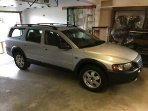 2003 VOLVO XC70 Cross Country  /with new snows