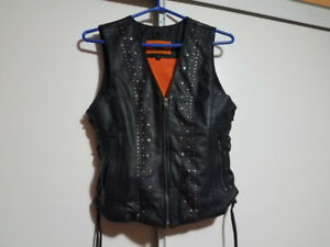 Genuine leather vest women's small