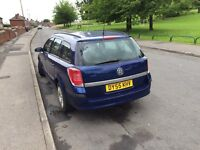 Vauxhall estates Astra 1 . 4 95 000 millage 3 months mot nice cheap insurance and cheap fuel costs