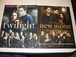Twilight/New Moon: The Complete Illustrated Movie Companion