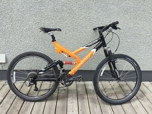 GIANT enduro downhill double suspension- 18 gear 26 inch wheel