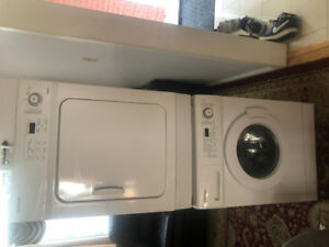 Samsung 24 inch apartment size washer dryer for sale