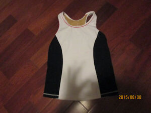 Lululemon size 8 tank EUC Super cute