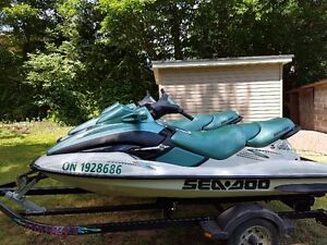(2) 3 Seat 2001 Seadoos For Sale With Trailer