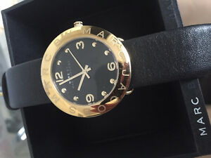MARC JACOBS GOLD ANALOG WATCH