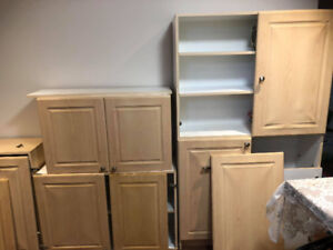 Lightly Used Kitchen Cabinets and Cupboards
