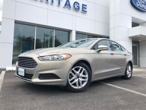2015 Ford Fusion SEONLY 31,000KM  ! REAR VIEW CAMERA ! HEATED SE