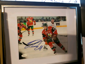Autographed signed Nathan MacKinnon with COA
