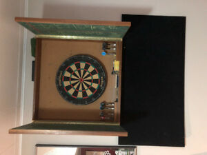 Pro Dart board with case and darts