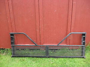 FOR SALE  STEEL 5TH WHEEL TAILGATE