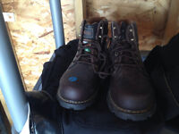 Woman's steel toe work boots