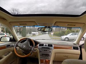 2005 Lexus Toit Ouvrant Berline ( DU GRAND LUXE A PETIT PRIX )