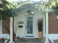 Close to Chinook Rockyview Hospital Downtown - Shared SW Home