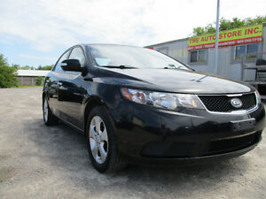 2010 Kia Forte 5SPEED Sedan