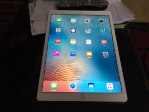 selling my iPad Pro 9.7 128gb Silver