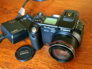 Canon Pro 1 8 megapixel advanced point and shoot camera