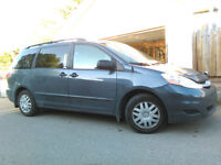 2009 Toyota Sienna CE Minivan GREAT CONDITION